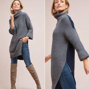 Moth Turtleneck Sweater M